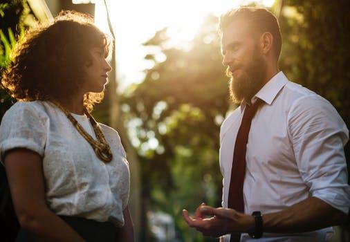 Przelew wierzytelności, czyli sprzedaż, cesja czy przeniesienie długu przez wierzyciela na osobę trzecią