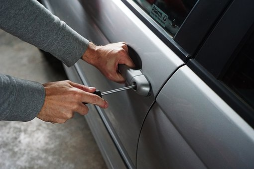 Odszkodowanie za kradzież samochodu, auta