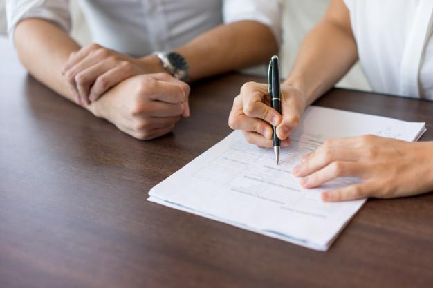 Odpowiedzialność notariusza za brak należytej staranności przy sporządzaniu aktu notarialnego lub umowy